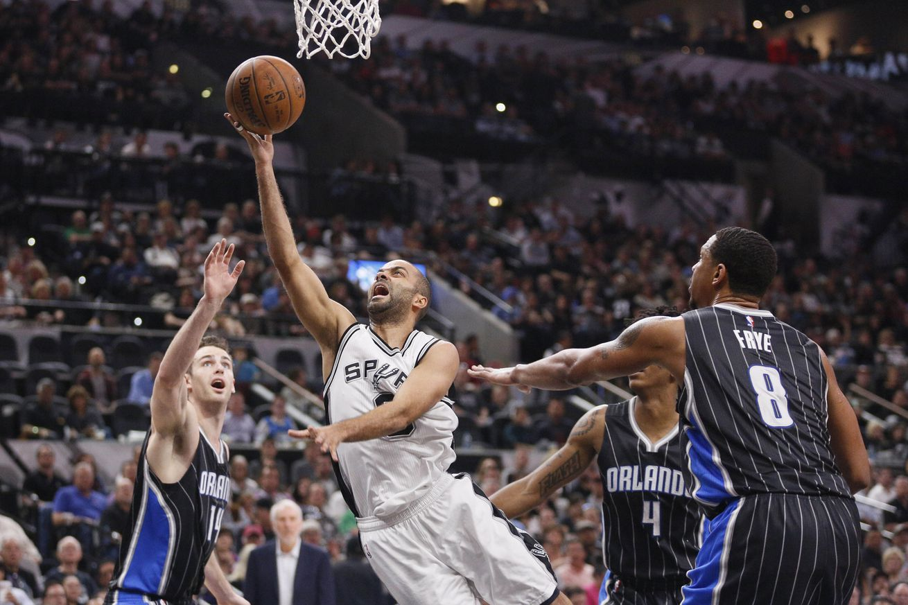 Leonard lifts Spurs to 98-96 win over the Magic