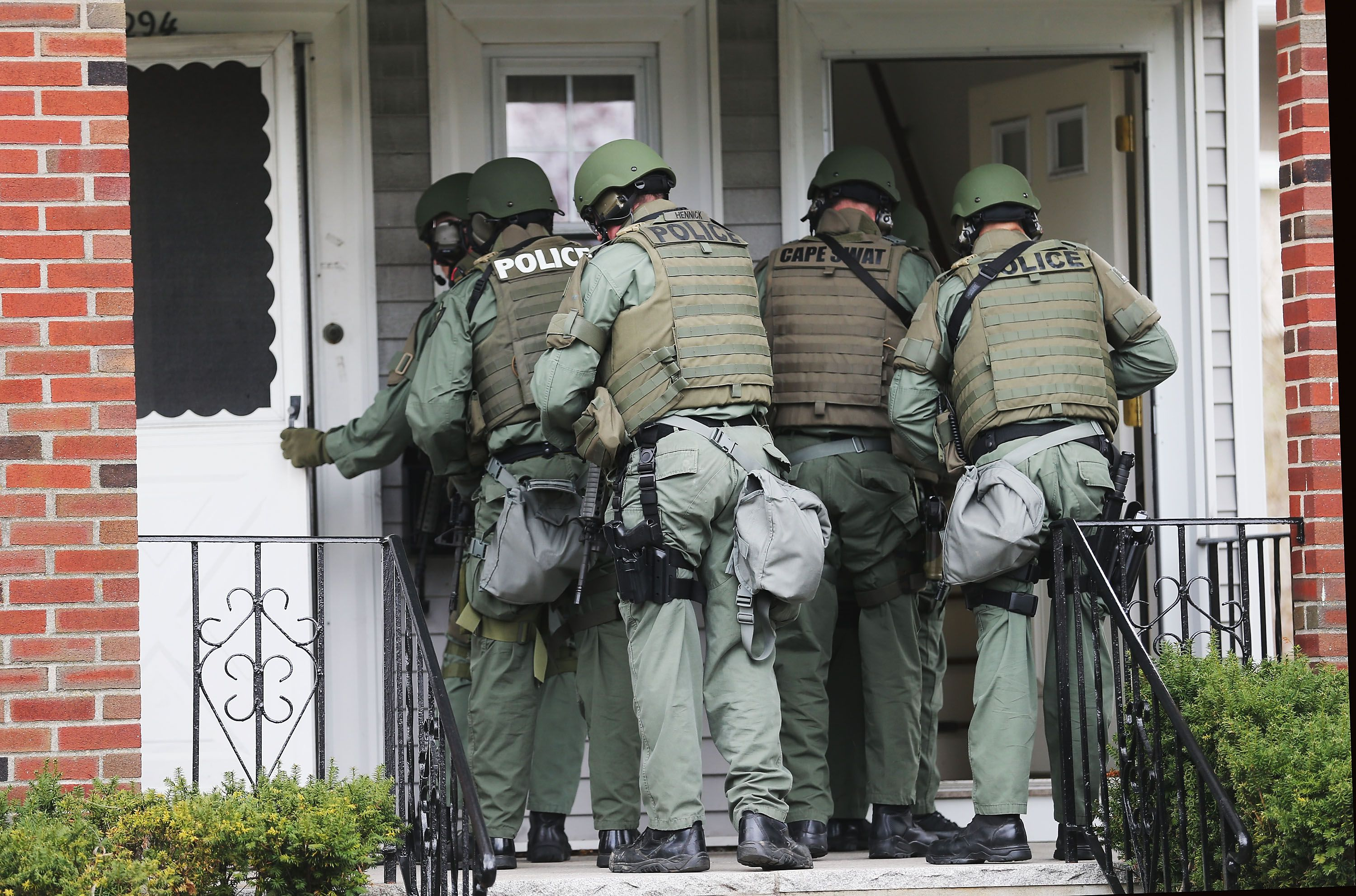 Stop F**king Crying! SWAT Raids Wrong Home, Holds Naked