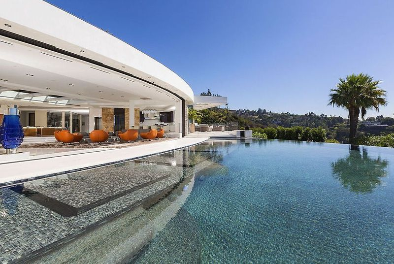 The creator of Minecraft outbid Beyoncé and Jay Z on this $70 million megamansion