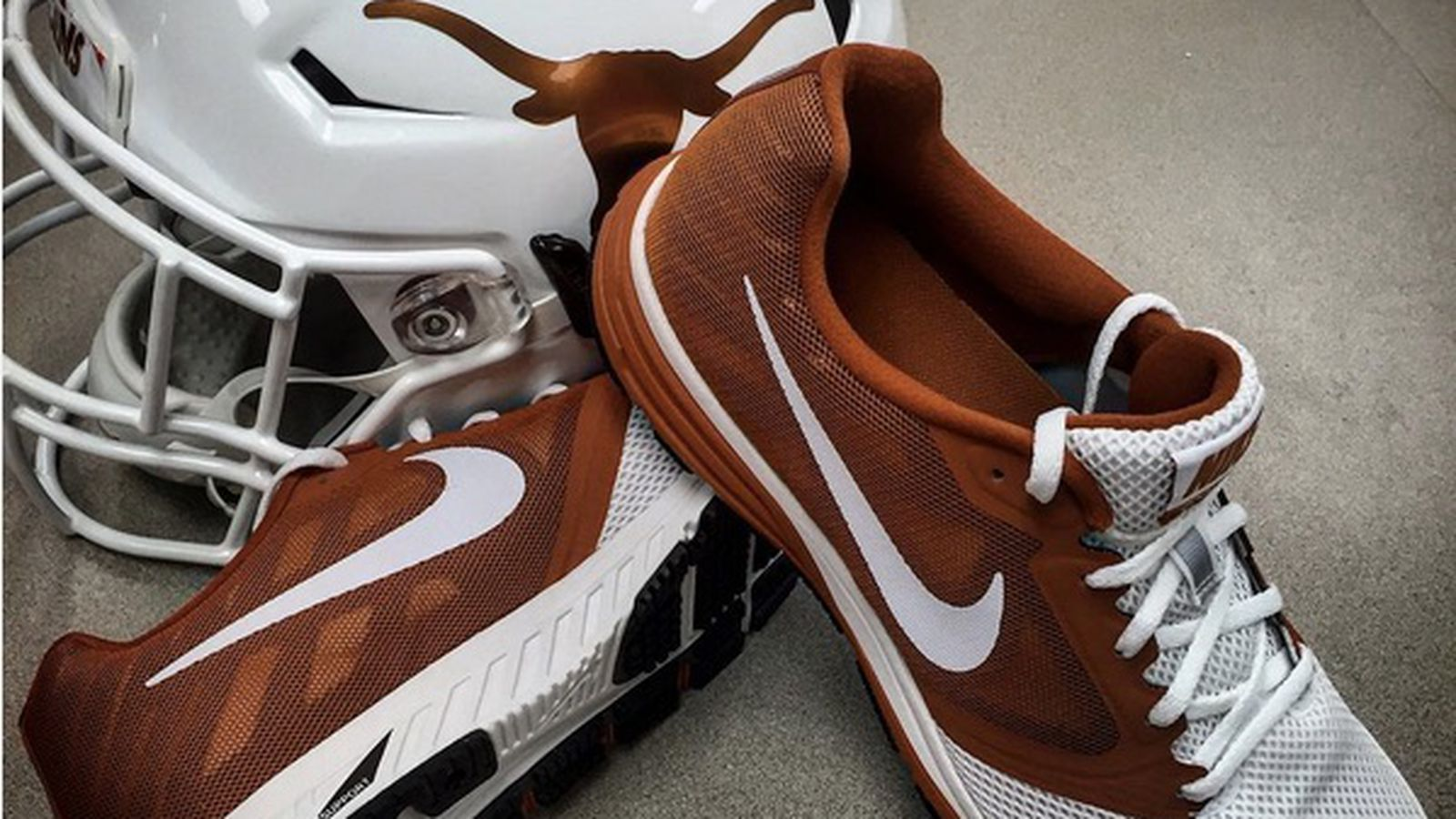 To 15 year shoe apparel contract with nike burnt orange nation