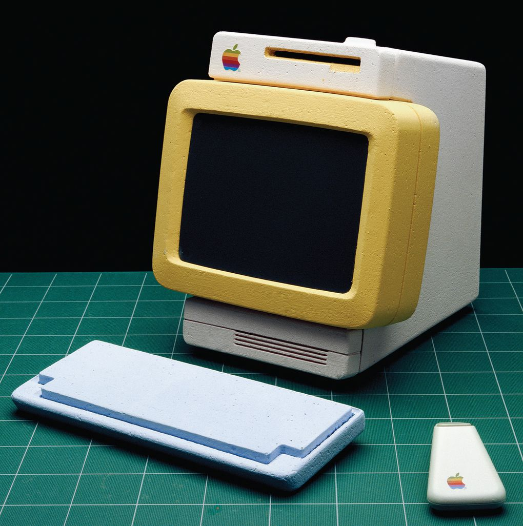Apple's lost future: phone, tablet, and laptop prototypes ...