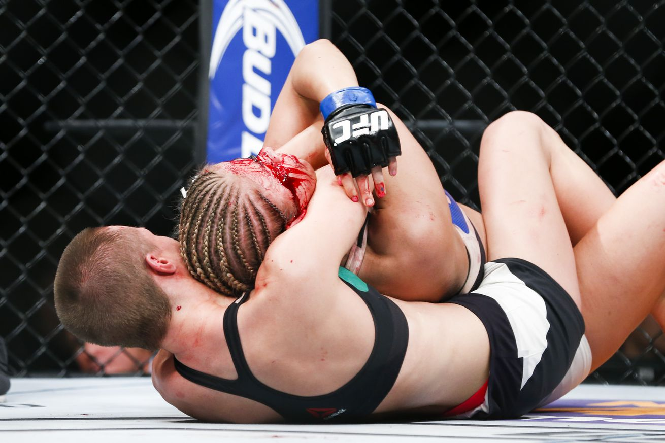 community news, Paige VanZant wishes she pulled a Holly Holm and didnt tap against Rose Namajunas