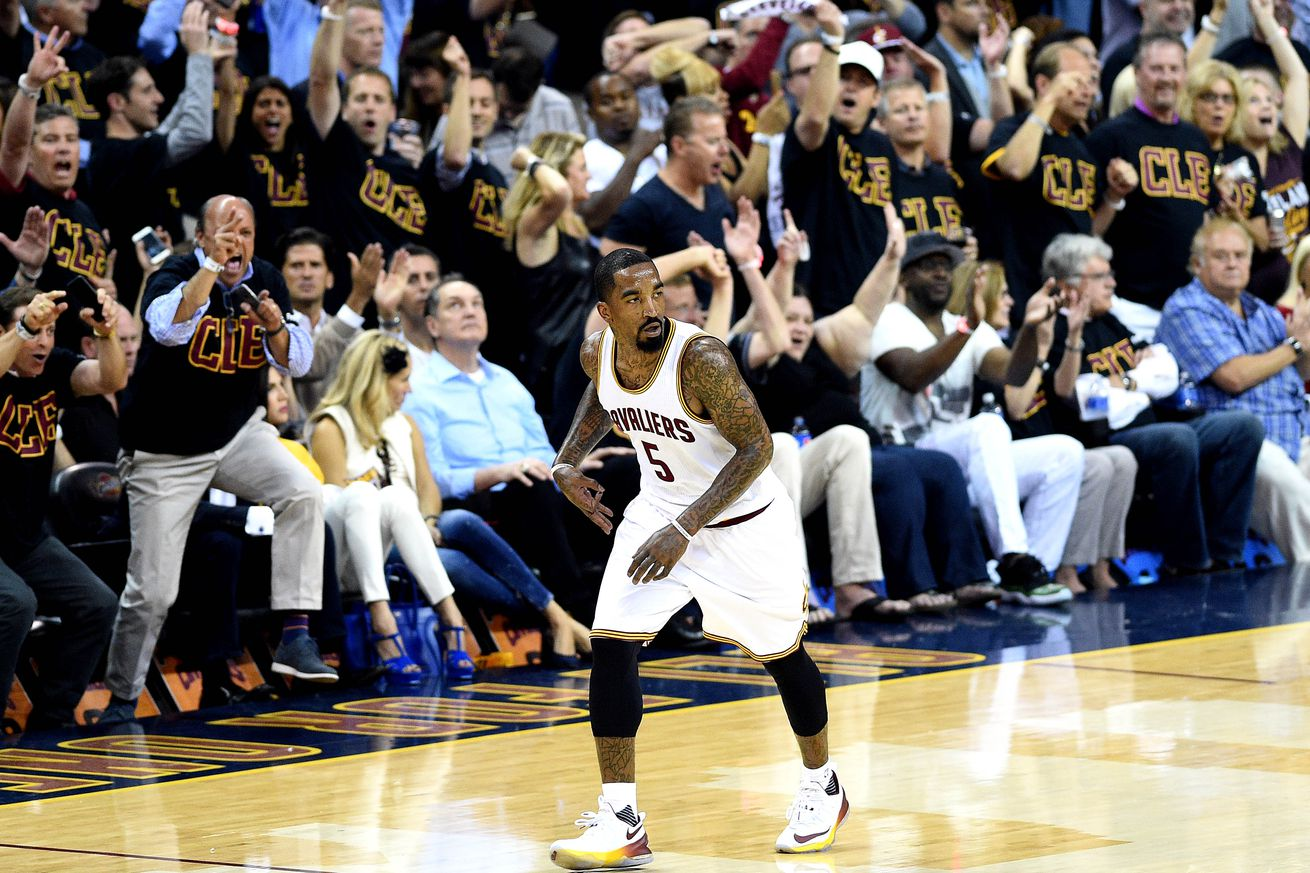 NBA Finals Game 7: LeBron James brings down the house with jam