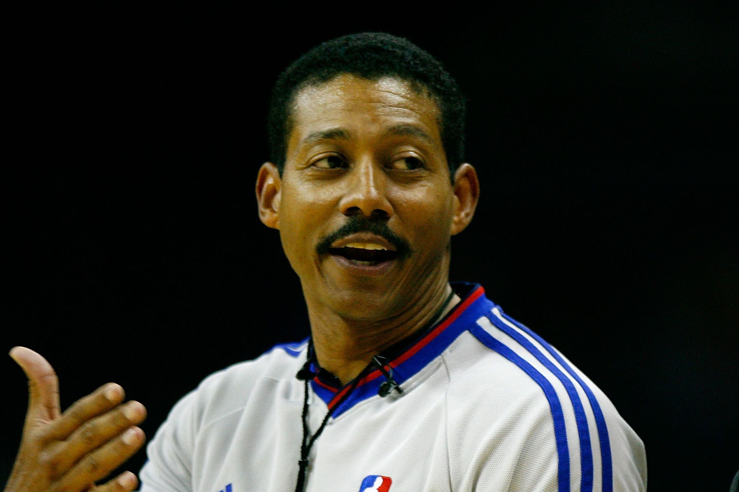 nba referee bill kennedy comes out as gay after rajon. Black Bedroom Furniture Sets. Home Design Ideas