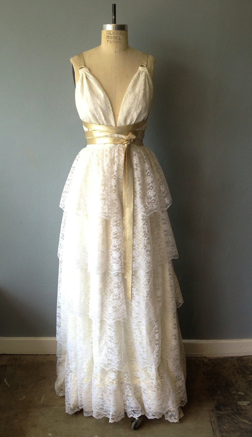 What to Know Before You Shop for a Vintage Wedding Dress - Racked NY