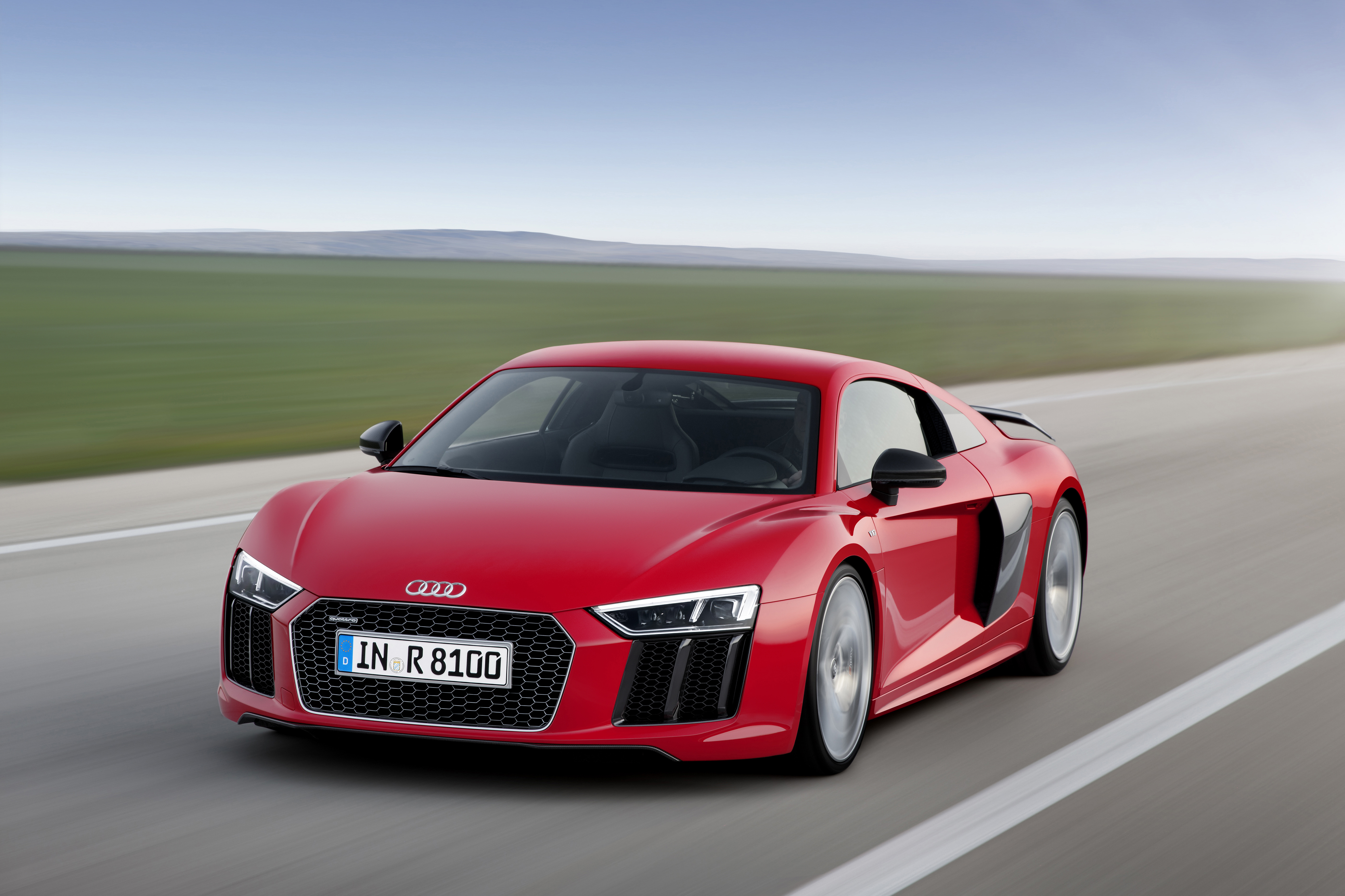 The new Audi R8 looks the same as the old Audi R8, and that's okay ...