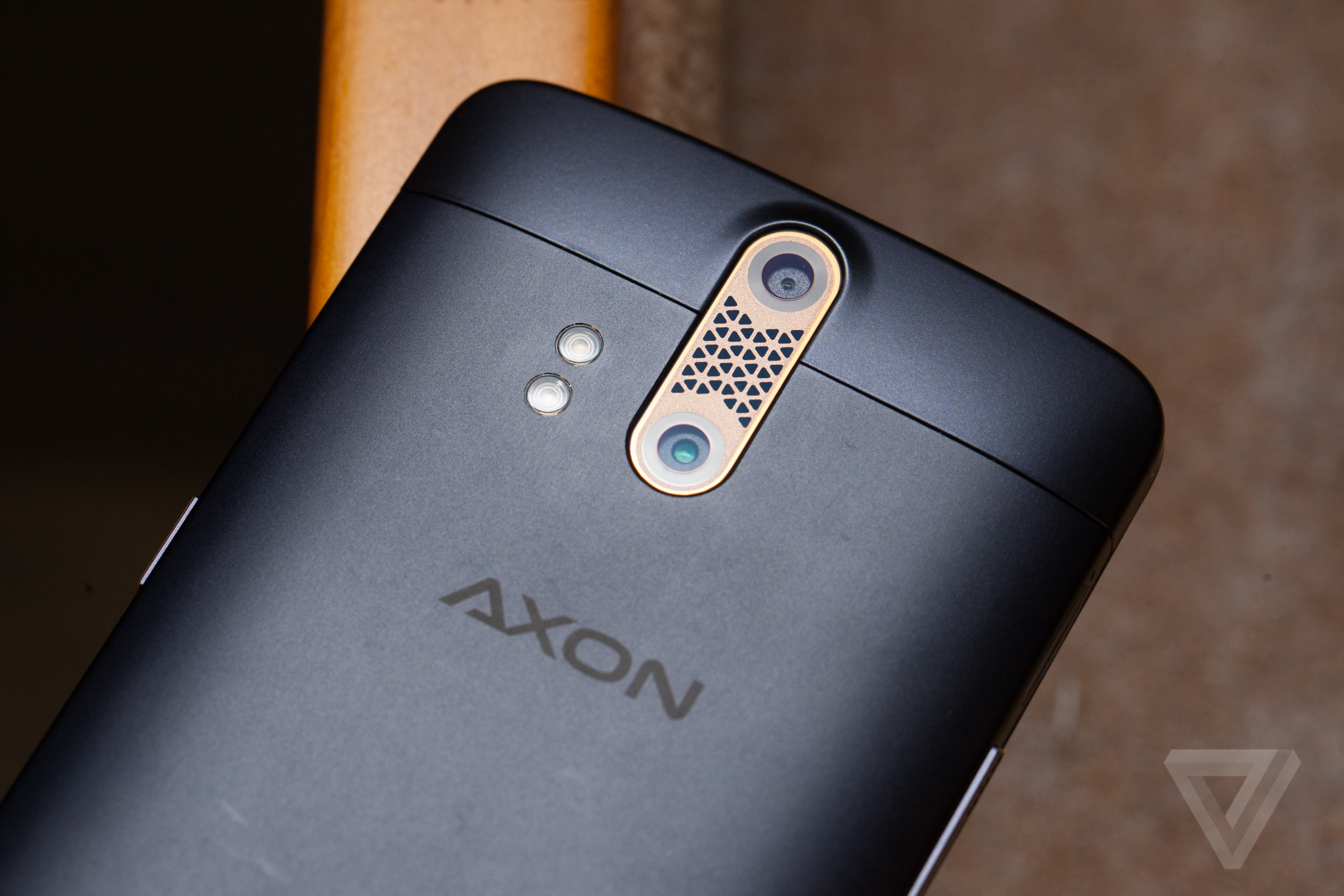 store zte axon pro camera review OnePlus