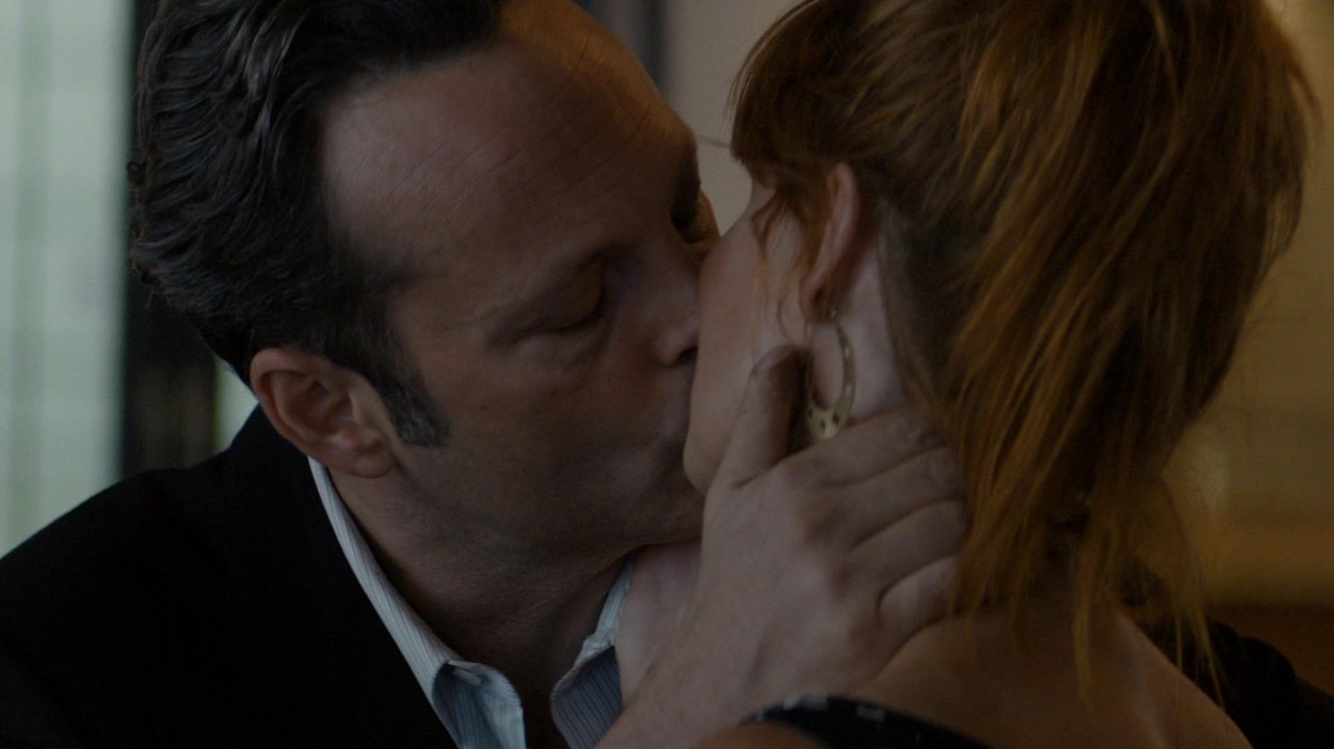Jordan and Frank kiss goodbye
