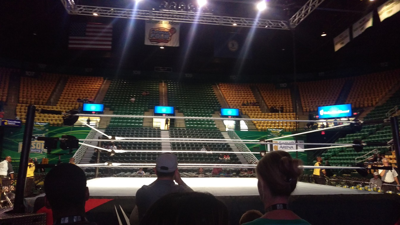 Wwe live my vip experience cageside seats admittedly i had no idea what to expect from the meet and greets i didnt know if it would just be a few superstars shaking hands and saying hello as they m4hsunfo