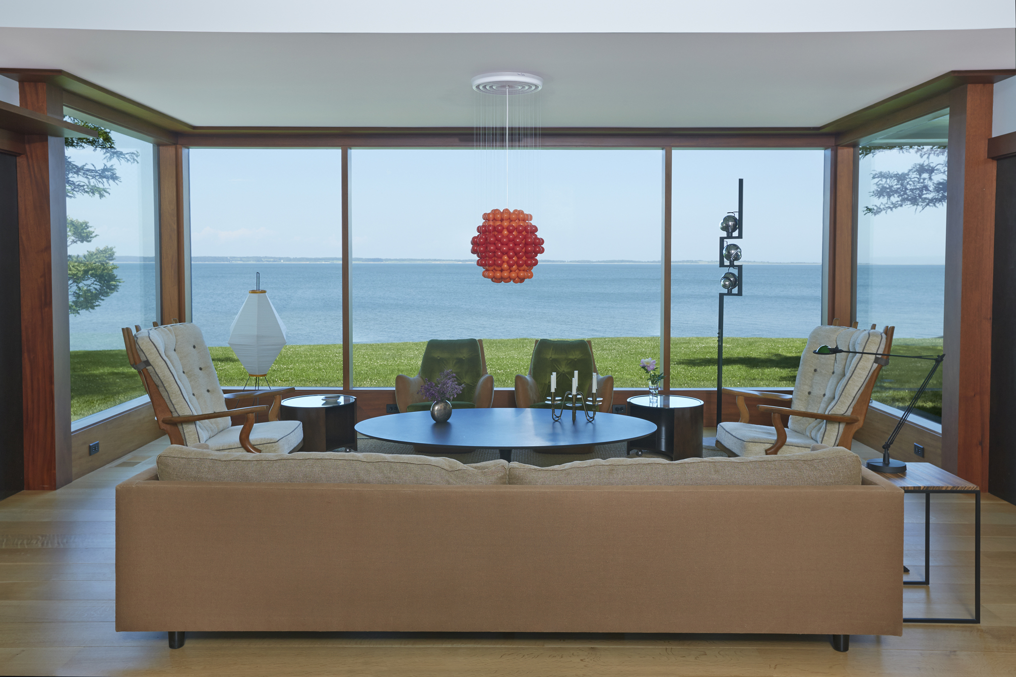 An Amazing Renovation of a Bayfront Home in Springs - Curbed Hamptons