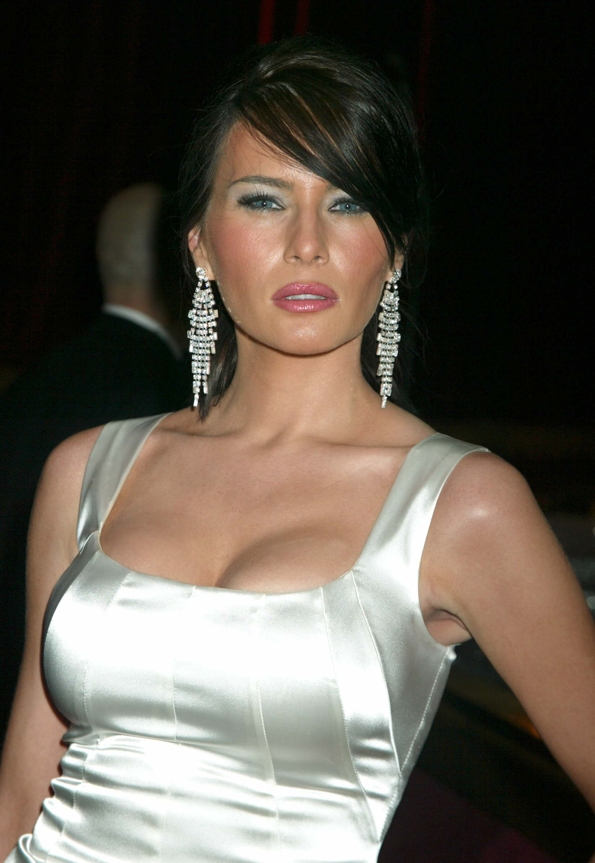 How Nude Photos And Bad Fact-Checking Created Melania Trumps Big Immigration -9784