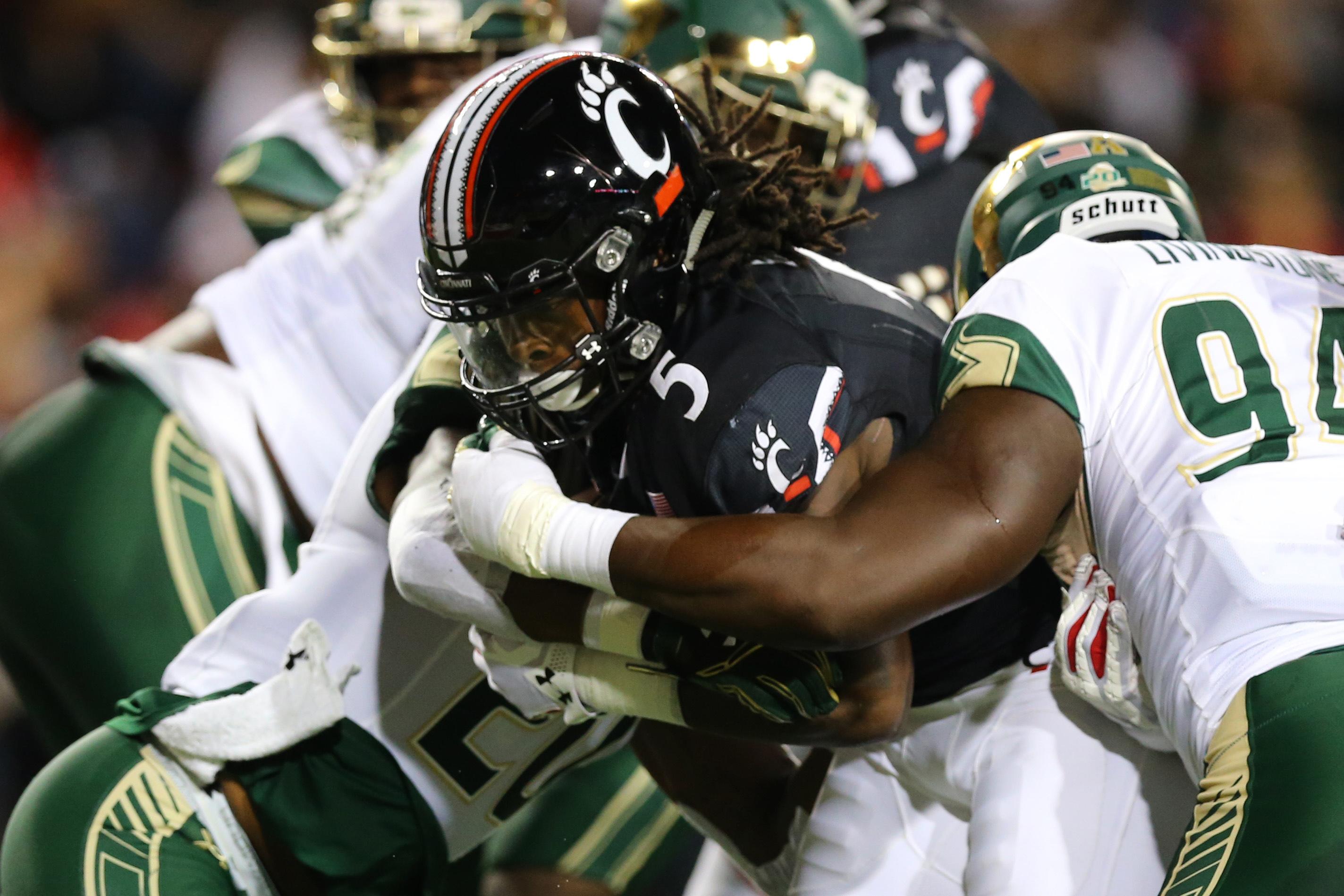 BYU takes down Cincinnati in lopsided victory