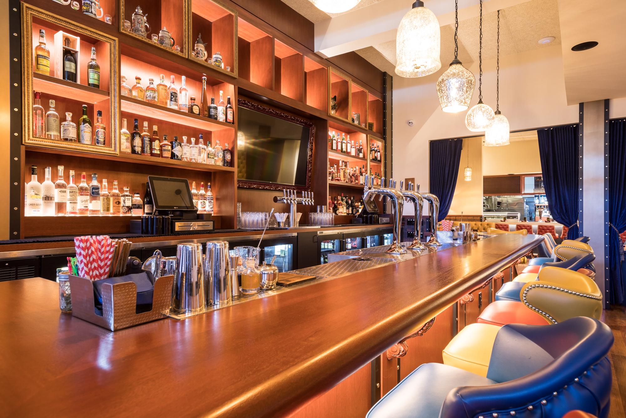 Patricia Chang Finn Town an American Tavern