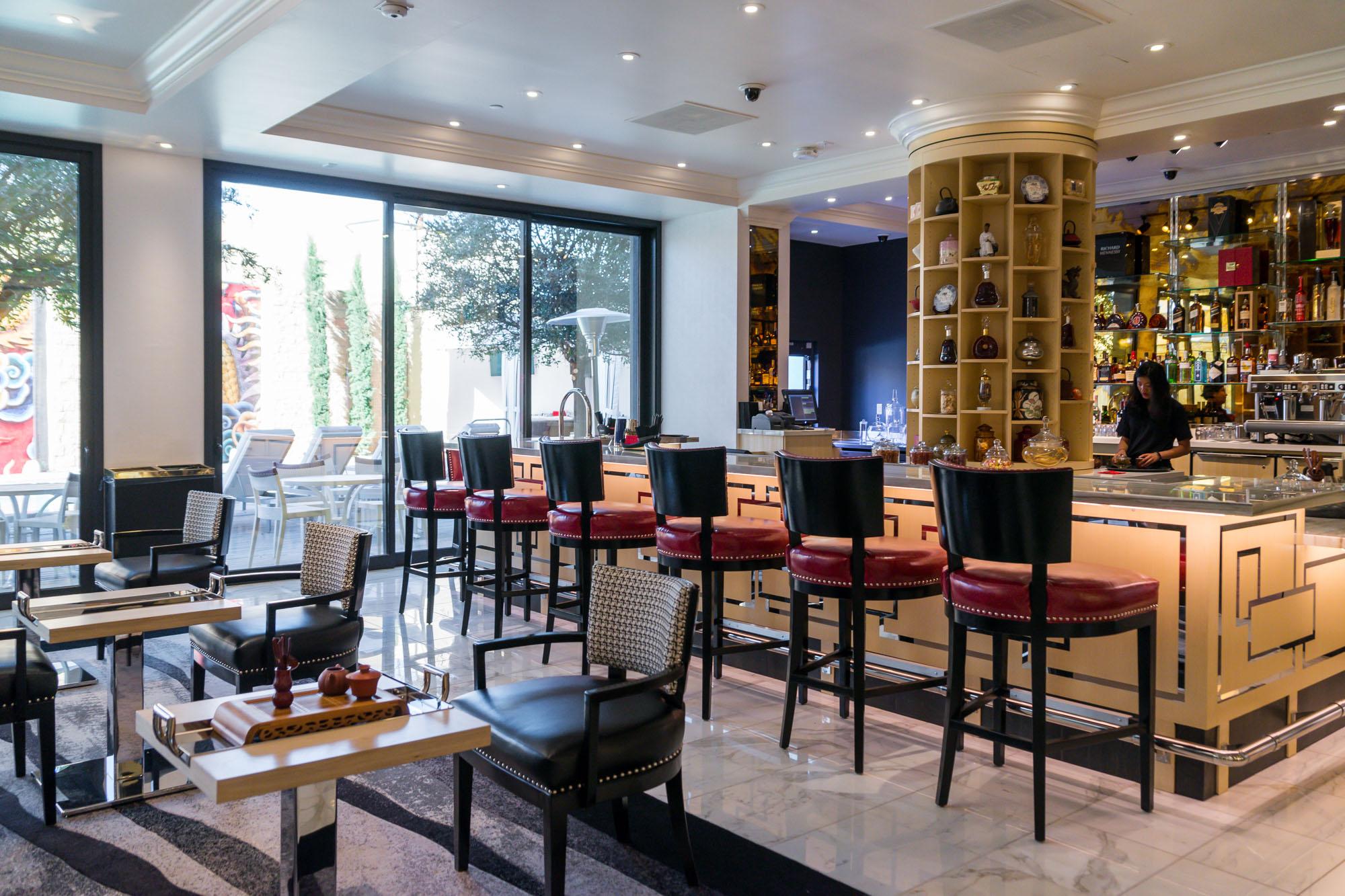 Meet Cha Garden Lucky Dragon S Tea Lounge Eater Vegas