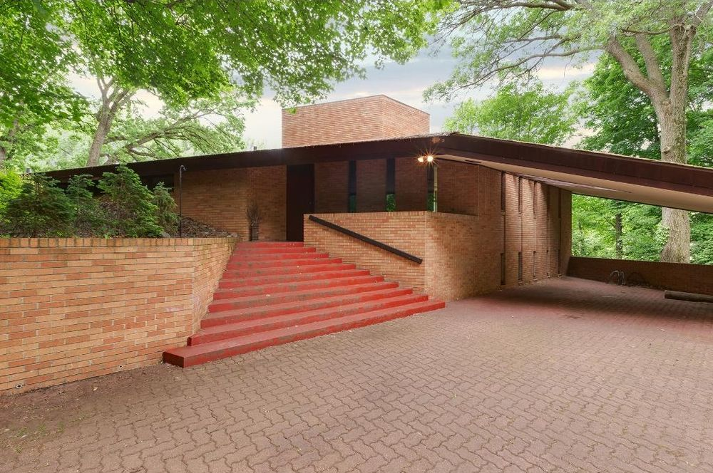 9 best frank lloyd wright homes for sale in 2016 curbed for Usonian house plans for sale
