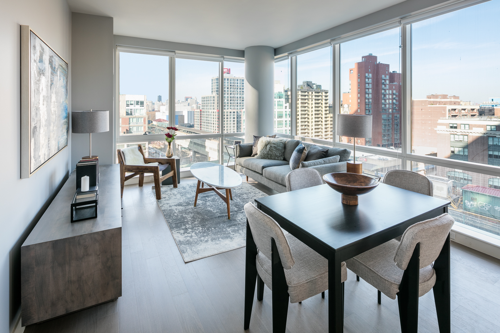 Peek Inside The Rentals Of Queens S Second Tallest Tower