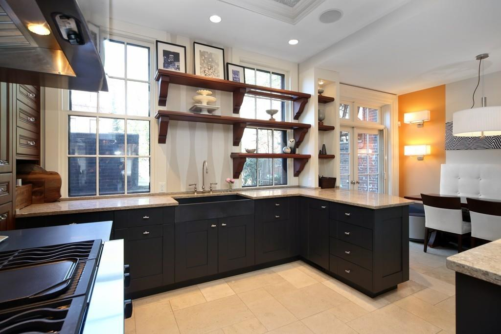 Renovated Beacon Hill townhouse returns to market after massive price-chop