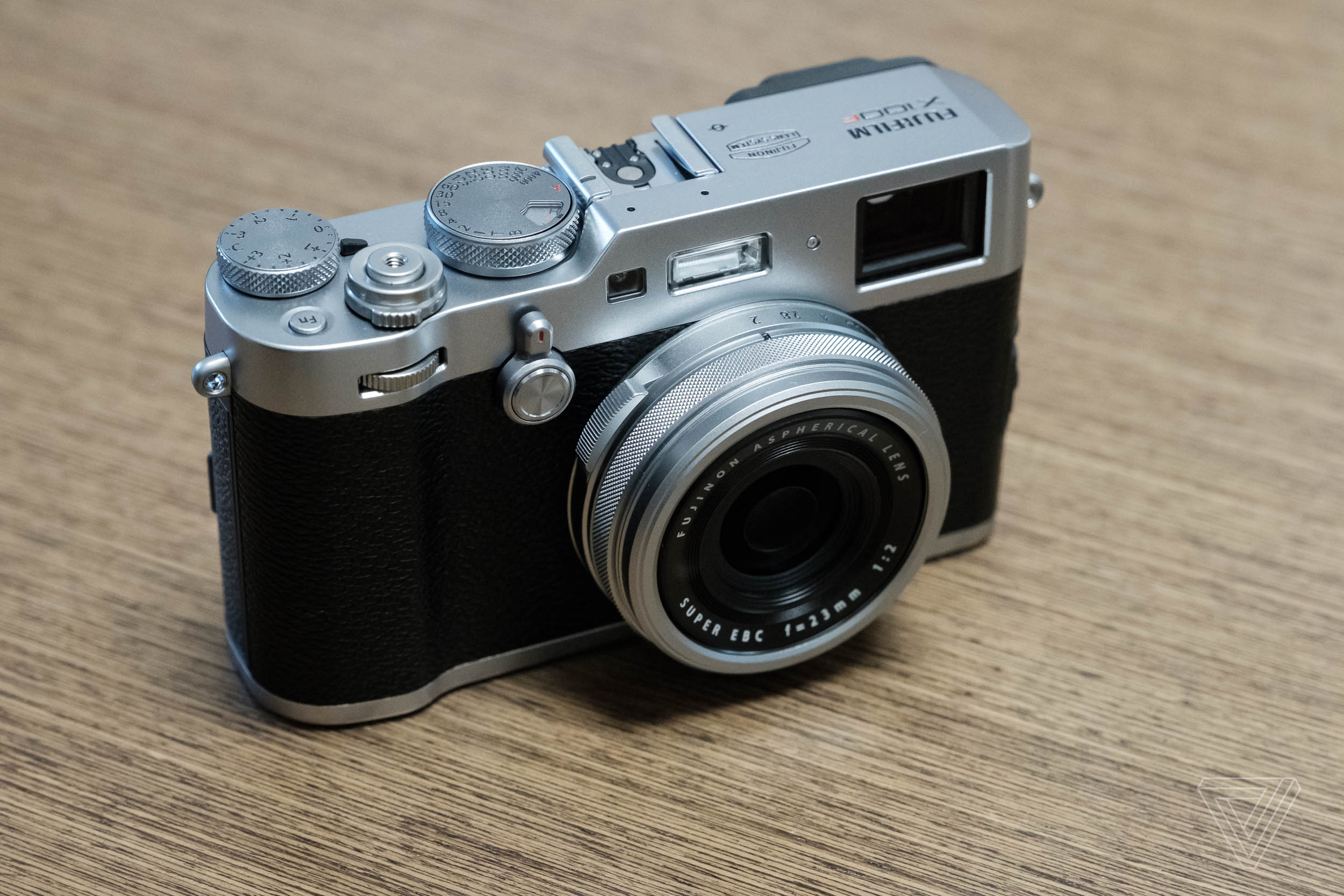 Hands on with Fujifilm's new X100F and X-T20 - The Verge