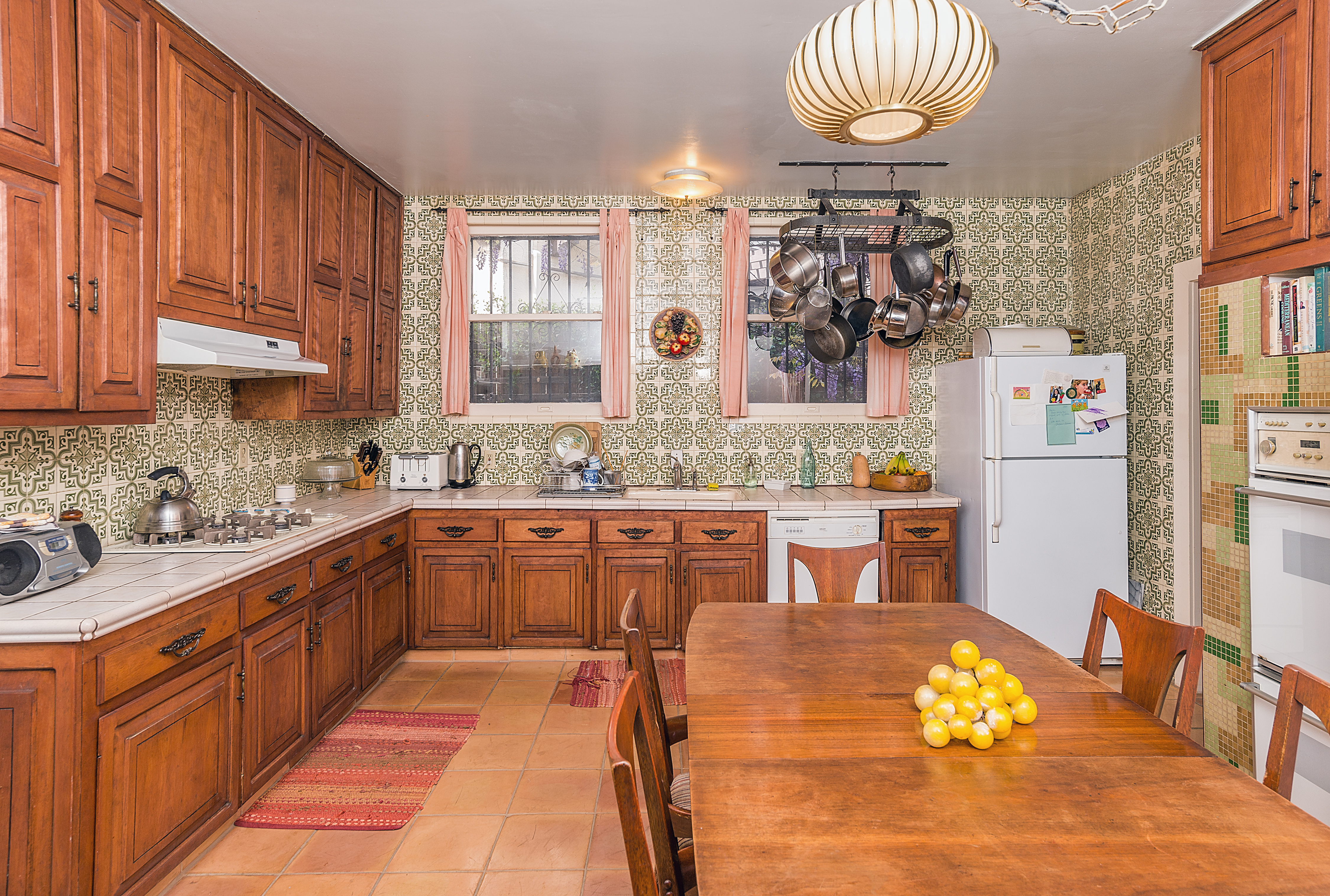 Gracious 1920s Spanish In Koreatown Shows A Lot Of Potential For