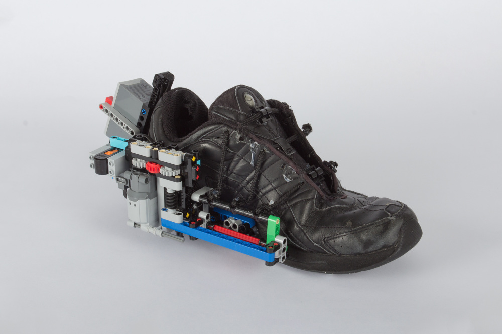 what s cooler nike s self lacing shoe or a diy self