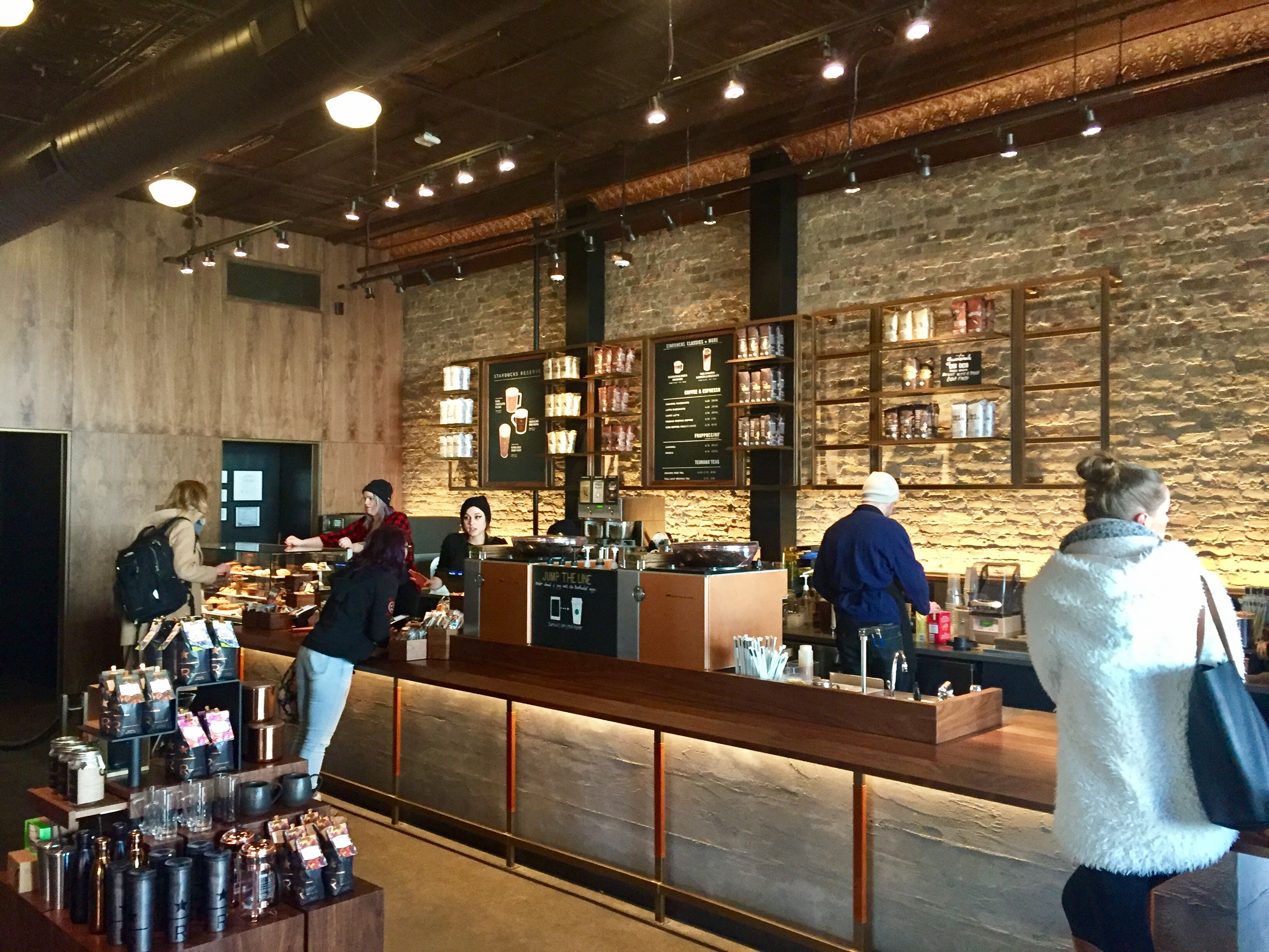 Starbucks Opens New Reserve Shop In Wicker Park To Target