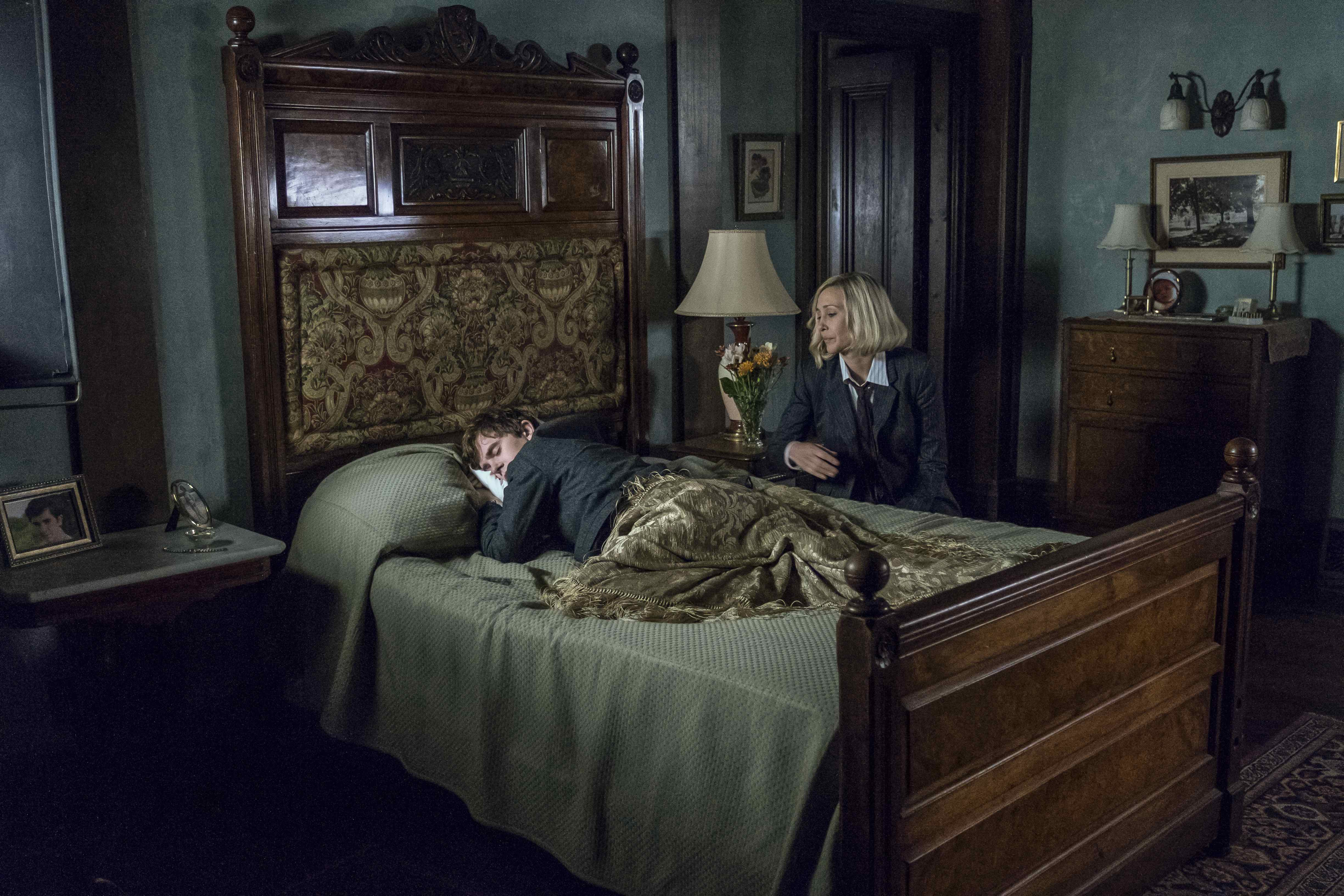 Bates Motel Has Finally Caught Up With Psycho And It S