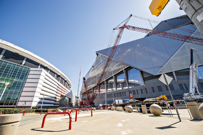 Photo update mercedes benz stadium home of atlanta for Mercedes benz stadium parking atlanta