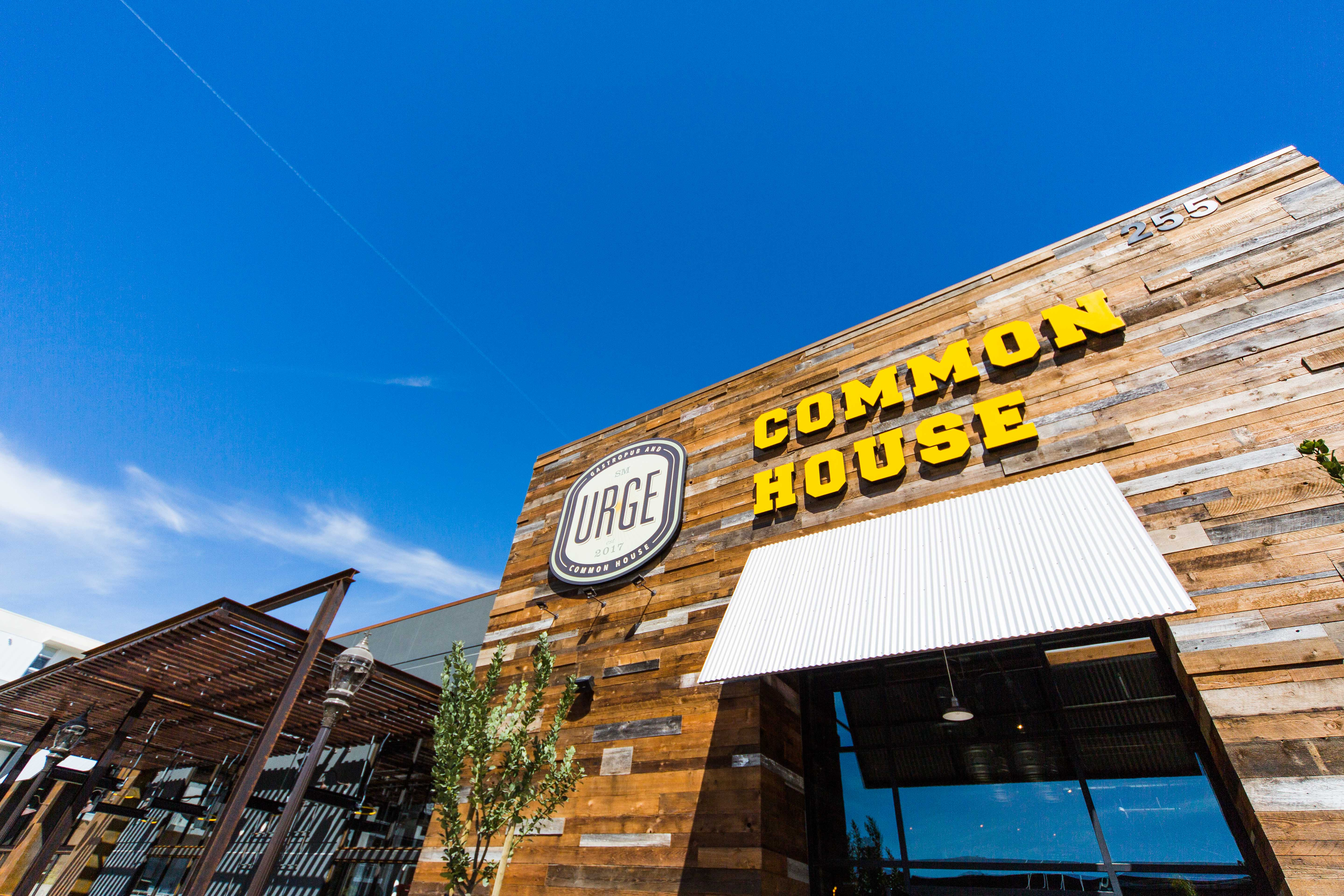 Urge Gastropub and mon House Drops the Mike in San Marcos With