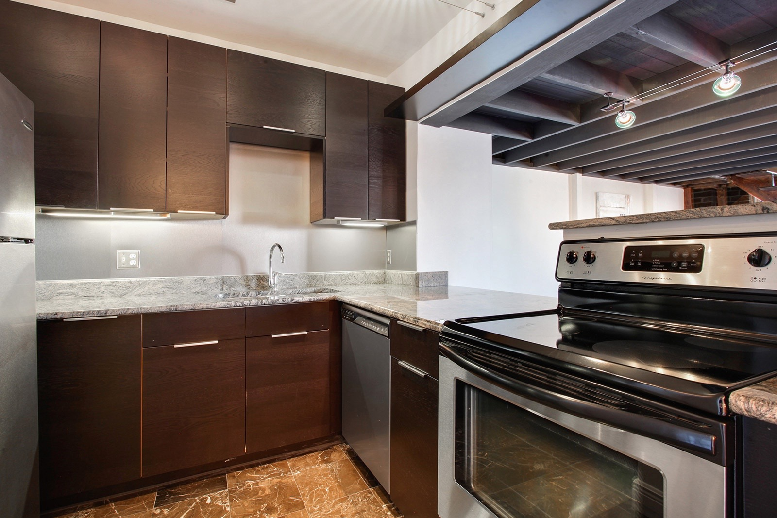 Heated Kitchen Floor Warehouse District Open Floor Condominium Asks 365k Curbed New