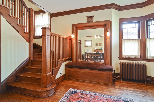 Tastefully Updated Foursquare In Ravenswood Asks Curbed Chicago