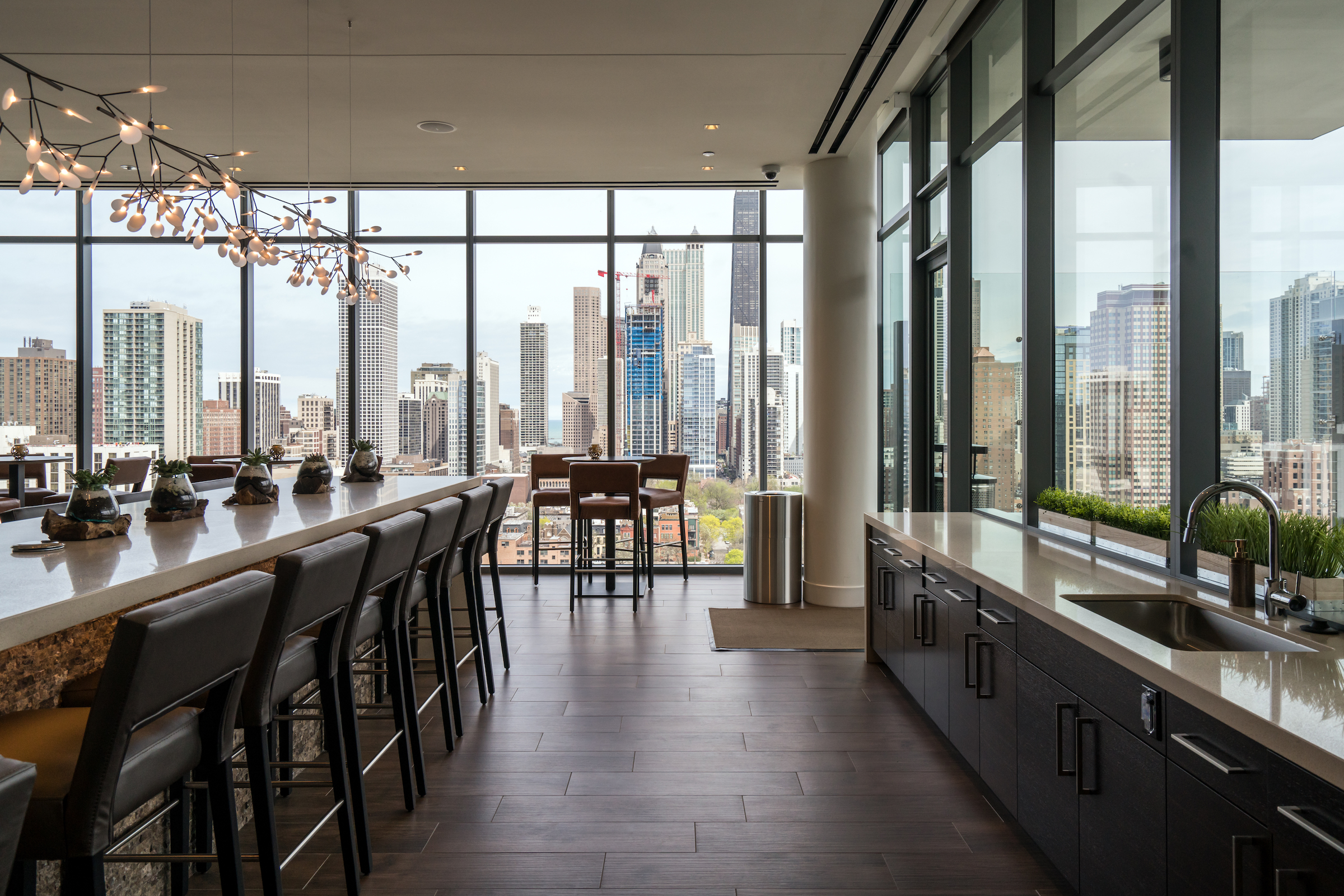 A Tour Of Chicago S Newly Open Niche 905 Apartments