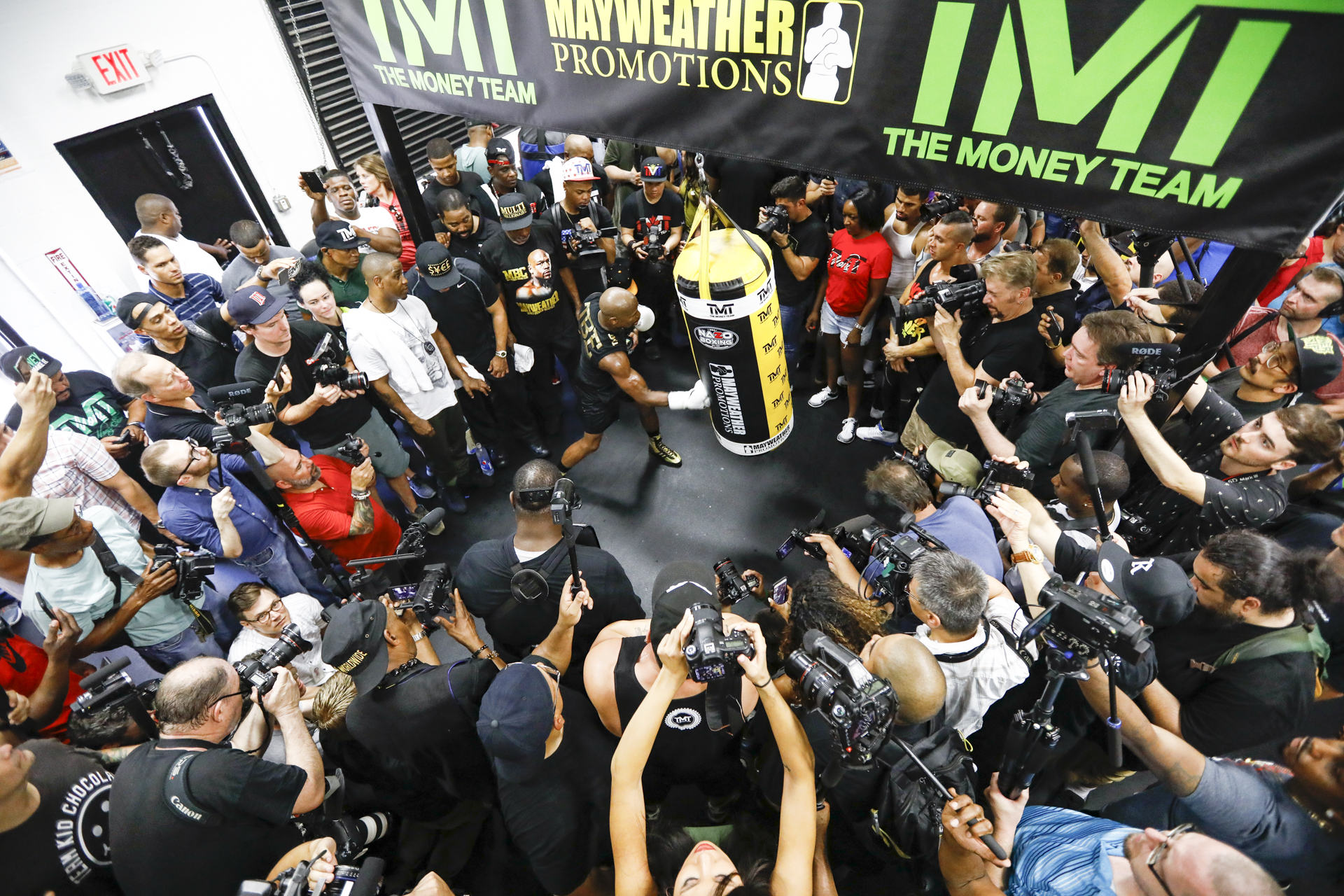 Floyd Mayweather media workout photos MMA Fighting