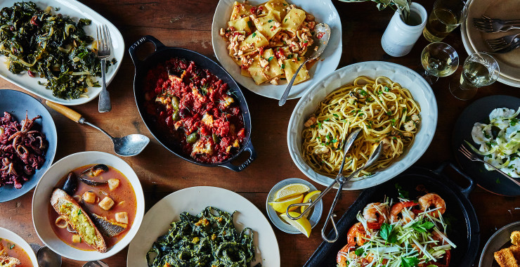 Italian restaurants that should be on your las vegas for Seven fishes menu