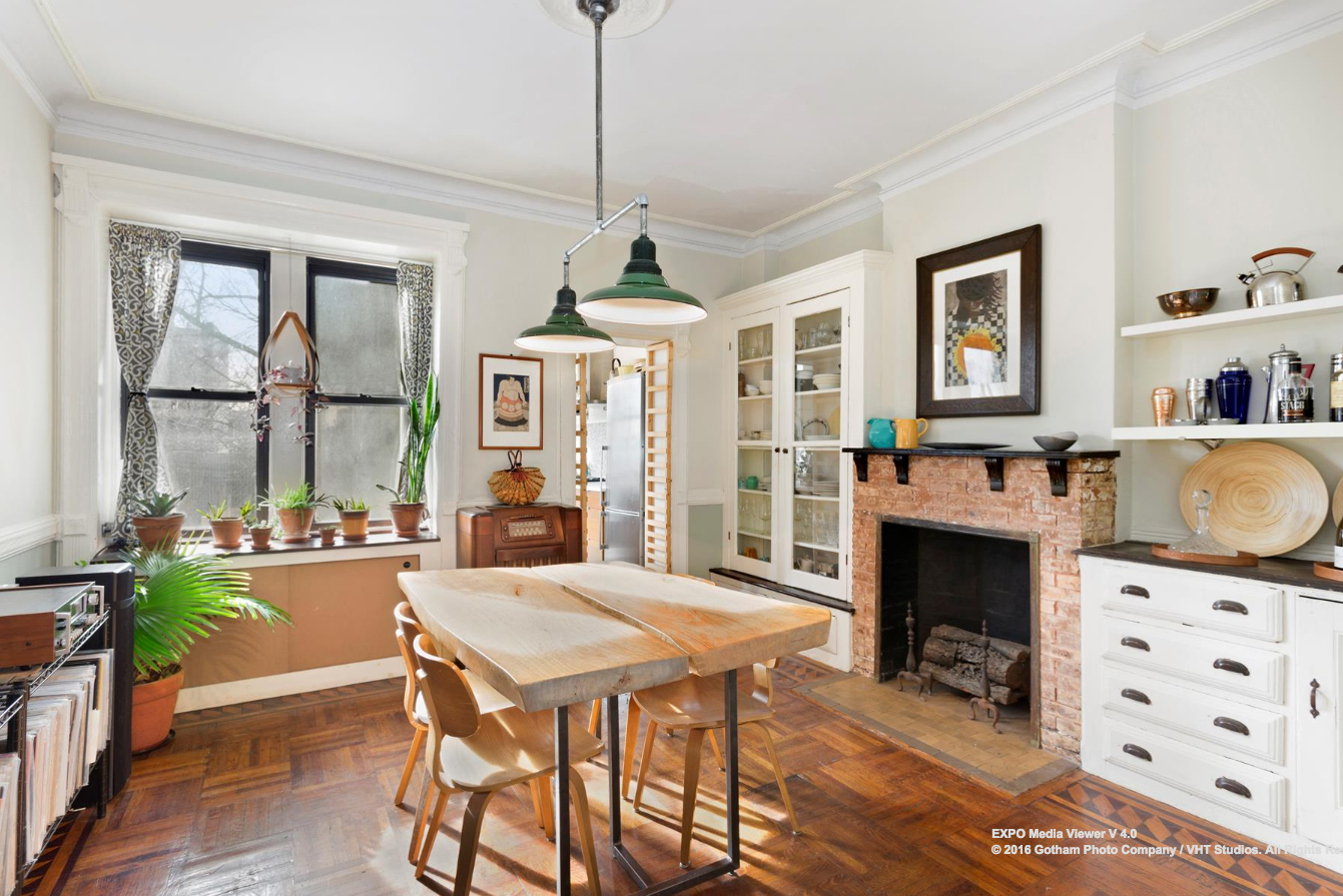 See bay ridge 39 s gingerbread house as captured by a drone for Interior designers bronx ny