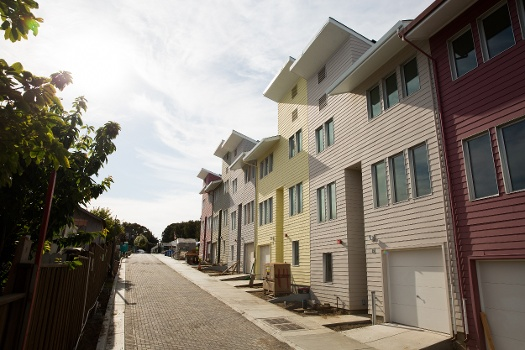 Sales plummet for bay area s cheapest homes curbed sf for Habitat for humanity houses for rent
